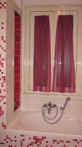 Lavori eseguiti da mafa per le tende - Tende per bagno a vetro ...